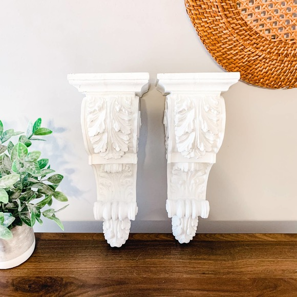 Set of 2 Wooden Carved White Wall Shelf Mounts